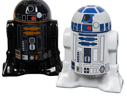 Star Wars Salt and Pepper Shakers - Add a little Star Wars to every Meal - R2D2 and R2Q5