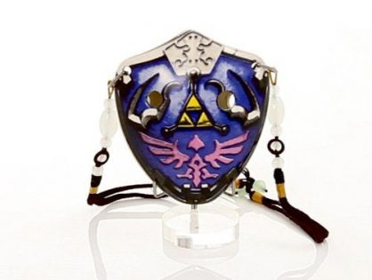 Soprano G- Triforce – Link- Ceramic -Comes in a Display Box with metallic clasp– Beaded Strap – Free Tutorial & Songbook Included - 6 Hole The Hylian Shield Pendant Ocarina by Songbird – Inspired by the Legend of Zelda