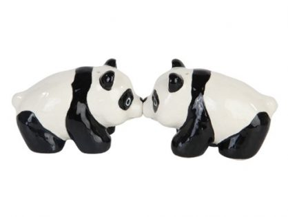 """3""""L Cutie China Panda Kissing Magnetic Salt & Pepper Shakers -Attractives Collection"""