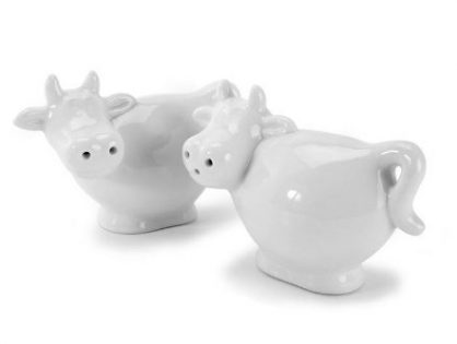 Pair of Mini Cow Shaped Salt and Pepper Shaker - White