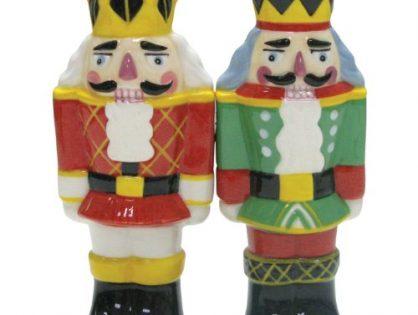 Westland Giftware Mwah Magnetic Nutcrackers Salt and Pepper Shaker Set, 4-Inch