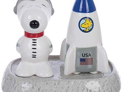 Vandor Peanuts NASA Astronaut Snoopy Salt & Pepper Shakers