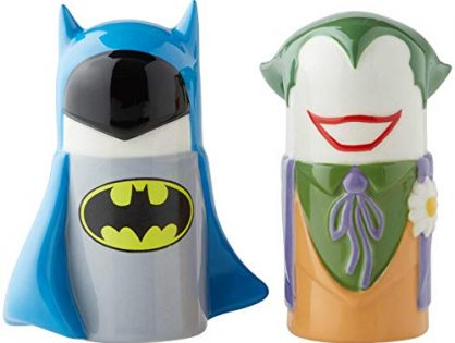 Enesco 6003729 DC Comics Ceramics Batman vs. Joker Stylized Salt and Pepper Shakers, 3.89 Inch, Multicolor